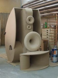 TWOGOODEARS - トゥーグッドイアーズ: Beaconos - a cool horns (and conventional) speakers manufacturer