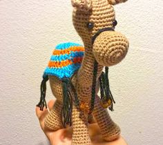 Patron Amigurumi Crochet : Dromadaire – Made by Amy