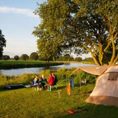 Campsites in the Netherlands – The Best Camping in the Netherlands Camping Europe, Camping Places, Camping Glamping, Van Camping, Camping Romantique, Romantic Camping, Yellowstone Camping, Camping Holiday, Campsite