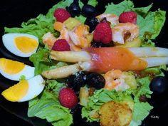 Ensalada templada de salmón y langostinos