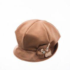 Mushroom beret hat www.omae.co/shop/brownhat
