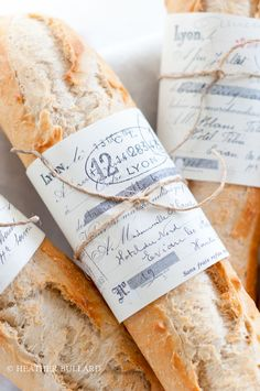French baguette in a simple and rustic packaging. Makes me want to go to France right away French Bakery, French Food, Our Daily Bread, Artisan Bread, Bread Rolls, Pinterest Recipes, Food Styling, A Table, Packaging Design