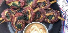 Bavette Pinwheel met pittige Aioli - wat een heerlijk BBQ hapje - Grillfun Aioli, Kfc, Pinwheels, Barbecue, Sausage, Pork, Meat, Chicken, Foods