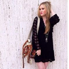 ✨ Free People Gentle Dreamer Dress Beautiful Free People dress. Epitomizes bohemian romance, great for any season. Flutter back which is perfectly placed so you can wear a regular bra with it. Size is an XS, but fits XS-M Free People Dresses Long Sleeve
