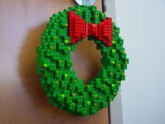 BRICK Marketplace: Four Fun LEGO Christmas Wreath Ideas