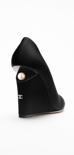 CHANEL - Grosgrain Wedge Pumps