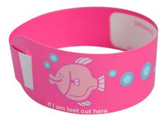 A useful collection of fun single-use child safety wristbands. Never get caught out & keep kids safer when out & about. Pink Kids, Child Safety, Cool Designs, Packing, Bracelet, Children, Fun, Bag Packaging, Kids