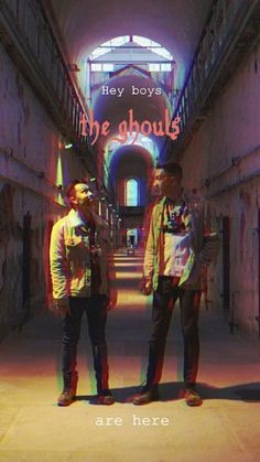 Buzzfeed Unsolved Spooky Ryan Bergara and Shane Madej Cute Wallpaper Backgrounds, Cute Wallpapers, Buzzfeed Funny, Scary Art, Mothman, Backrounds, The Beatles, Rock And Roll, Youtubers