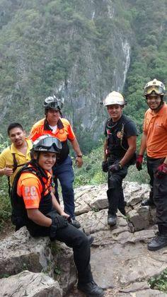 ¡Buena Guardia! ☺ Casco de Rescate EOM protegiendo a los Profesionales de Protección Civil Monterrey  #SoyEMS EMS Mexico | Equipando a los Profesionales