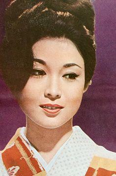Mona Lisa, Mystery, Asian, Classic, Womens Fashion, Artwork, 1950s, Beauty, Beautiful