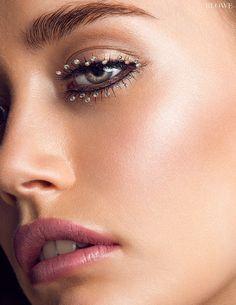"""Starry Eyes"" published in BLOWE Magazine.  Makeup and Hair: Windy Chiu  www.windychiu.com @windymua  Photography: Polk Liang Eye Candy, Lips, Make Up, Model, Hair, Photography, Magazine, Beauty, Photograph"