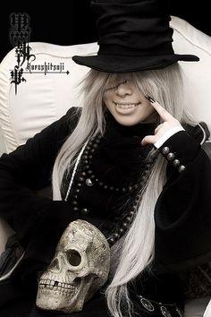 Kuroshitsuji - Undertaker again... this is good  cosplay
