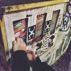 Kaugummibeschaffungsmaßnahme. (Berlin 2016) #berlin #kaugummi #chewinggum #kaugummiautomat #centershock  #kreuzberg #sweets #sweetdreams #childhood #kindheit #retro #igberlin #ig_berlin #berlincity