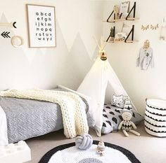 10 Adorable Kids Room Ideas and Inspiration More than ever, parents are carrying the latest contemporary design ideas into their kids' rooms. From soft neutral colors to natural textiles, children's bedrooms and playrooms are greener, more modern, and Boy Toddler Bedroom, Toddler Rooms, Baby Bedroom, Baby Boy Rooms, Girls Bedroom, Bedroom Decor, Kids Rooms, Young Boys Bedroom Ideas, Little Boys Rooms