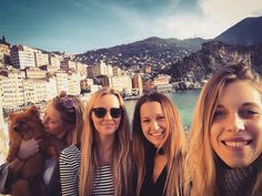 Going home after a great stay!  Thanks girls  #work #dyjcode #fun #girls #cosy #italy #genova #genua #camogli #graphicdesign #fashion #ontour #dyjc #instatravel #view #cceyssensfb #igers
