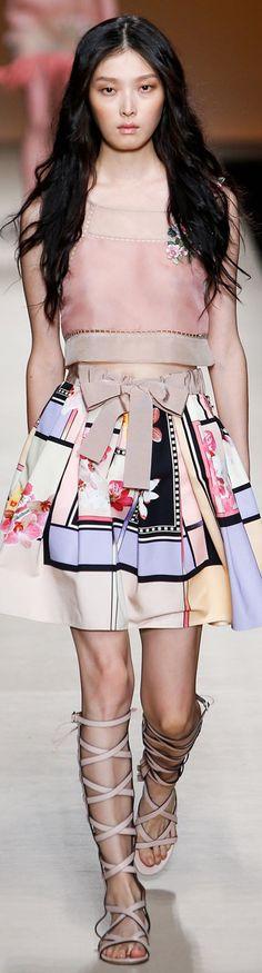 Alberta Ferretti spring/summer 2015 collection – Milan fashion week