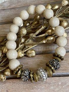 Jewelry Ideas, Diy Jewelry, Beaded Jewelry, Jewelry Making, Beaded Bracelets, Rosaries, Larp, Jewerly, Concrete
