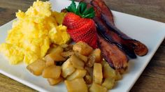 Just like momma used to make! Scrambled Egg - Fluffy scrambled eggs served with crisp smokehouse bacon, toasted Craisin golden raisin bread and breakfast potatoes Fluffy Scrambled Eggs, Raisin Bread, Golden Raisins, Breakfast Potatoes, Cafe Menu, Bakery Cafe, Soup And Salad, Tasty Dishes, Baked Goods