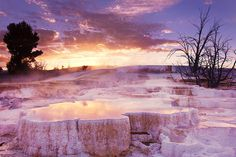 Mammoth Hot Springs (Wyoming) | 26 Stunning Destinations You Can Drive To