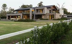 House in Blair Atholl by Nico van der Meulen (1)