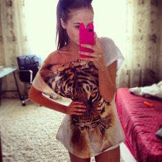 want that shirtt!<3
