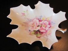 Maple Leaf Shaped Takiro Hand Painted Made in Japan China Serving Dish/Candy Dish/ Ring Dish