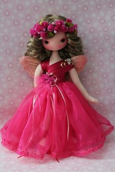 Nice hair for a fairy Fairy Dolls, Soft Dolls, Doll Crafts, Cute Dolls, Doll Patterns, Diy Crafts For Kids, Beautiful Dolls, Doll Toys, Doll Clothes