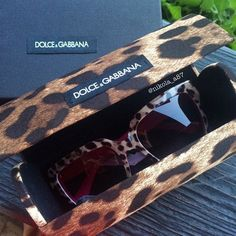 New in  @dolcegabbana #dolcegabbana #sunglasses #shopping #love #sun #sunshine #animalprint #leopard #happy My Photos, Sunshine, Photo And Video, Sunglasses, Videos, Happy, Shopping, Instagram, Ser Feliz