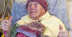 91 Year Old Terminally Ill Hospital Patient Knits Over 9000 Winter Hats For The Homeless Stay Warm, Warm And Cozy, Knitted Hats, Crochet Hats, How To Purl Knit, Knit Purl, People In Need, Old Men, Spiritual Inspiration