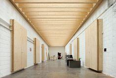 Studio Koen van den Broek / Tijl Vanmeirhaeghe, Carl Bourgeois