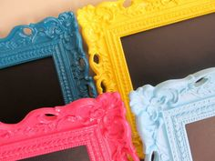 picture frame makeover with spraypaint and chalkboard paint