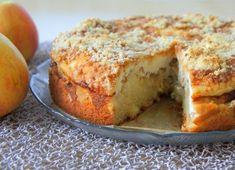 Ensimmäistä kertaa leivoin tätä omenakakkua. Luettuani reseptin tiesin, että tämän täytyy olla hyvää. Ennakkoaavistus piti paikkansa,... Cake Recipes, Dessert Recipes, Desserts, Yummy Cakes, No Bake Cake, Food Inspiration, Sweet Tooth, Good Food, Food And Drink