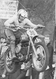 I'm new to motorcycles and have. Old Scool, Motorcycle Racers, Vintage Motocross, Vintage Bikes, Dirt Bikes, Sidecar, Grand Prix, Cars And Motorcycles, 80s Style