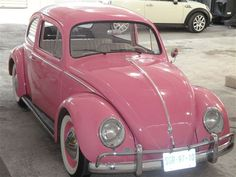 Image shared by Martha. Find images and videos about pink on We Heart It - the app to get lost in what you love. Volkswagen, Vw Bus, Pink Love, Pretty In Pink, My Dream Car, Dream Cars, Schrift Tattoos, Girly Car, Cute Cars