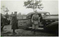 0214768 Coll. warnar: Prins Bernhard Inspecteert de Peellinie. 1939.