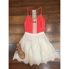 You will be ready for spring in this adorable outfit! We absolutely love it paired with gold jewelry and sandals!