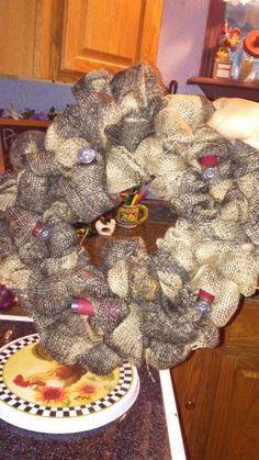 Dyi camo wreath Camo Wreath, Burlap Wreath, String Lights In The Bedroom, Dyi, Wreaths, Home Decor, Decoration Home, Door Wreaths, Room Decor