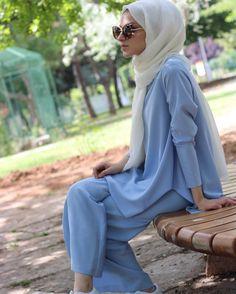"""15.1k Likes, 63 Comments - Rabia Sena Sever (@senaseveer) on Instagram: """"Nur Kalay ile beraber ilk videomuzda bu ceketi giymiştim hatırladınız mı Modeli ve kumaşına…"""""""