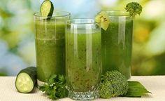 Smoothies sind DIE perfekte Mahlzeit für moderne Menschen, denen ihre Gesundheit wichtig ist. Wenn Sie gründe Smoothies selbst zubereiten macht gesunde Ernährung unglaublich viel Spass. Die grünen Mixgetränke aus Früchten, grünem Blattgemüse und Wasser schmecken köstlich, sind im Nu zubereitet und liefern hochkonzentrierte Vital- und Nährstoffe in ihrer natürlichsten Form. Lernen Sie, wie Sie Ihre grünen Smoothies selbst herstellen.