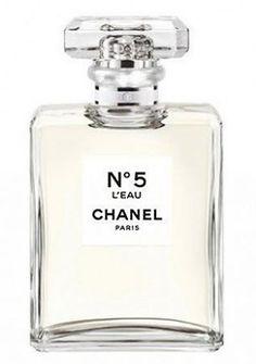 Chanel No 5 L'Eau Chanel for women.Top notes: lemon, mandarin, orange, neroli and aldehydes. Heart: rose, ylang-ylang, jasmine. Base: cedar, white musk.