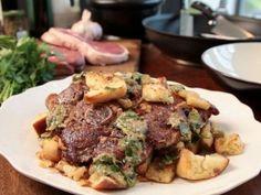 Receta | Pata de cordero con picatostes (Lamb with fried bread) - canalcocina.es