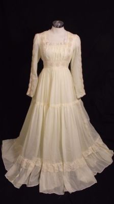Amazing!!!!!  Gunne Sax at its best!