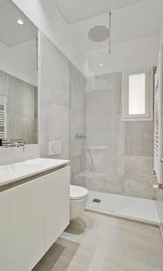 Minimalist Small Bathrooms, Minimalist Bathroom Design, Bathroom Design Luxury, Bathroom Layout, Simple Bathroom, Modern Bathroom Design, Bathroom Ideas, Home Room Design, Bathroom Renovations