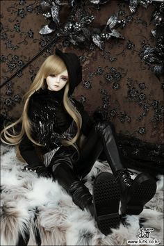 LUTS - Ball Jointed Dolls (BJD) company :: Super Senior Delf DEW