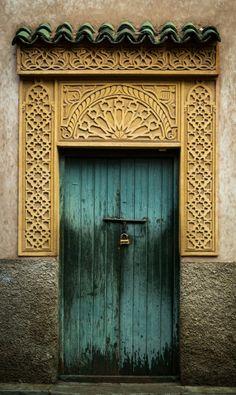 Door | ドア | Porte | Porta | Puerta | дверь | Morocco