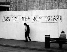 El    Periódico    de    las    BUENAS    NOTICIAS: ¿Estás viviendo tu sueño?