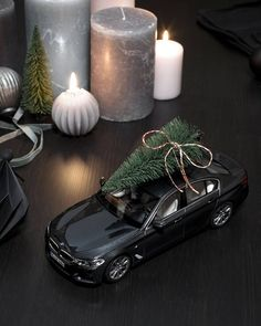 """Gefällt 84.5 Tsd. Mal, 265 Kommentare - BMW (@bmw) auf Instagram: """"For small and grown-up children: true to scale miniatures are the most joyful presents for this…"""""""