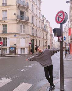 오늘의 기록_20160920 두번째 찾은 paris 처음과는 분명 느낌이 다르다 다시 올때는 어떤 느낌일까 그땐 좀 더 여유를 느껴보고 싶다 - #안녕파리 #또올게 #파리지N
