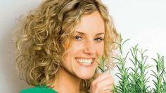 Voňavá bylinka, obľúbená korenina, ktorá v každom jedle bohatom na tuky podporí ich trávenie.
