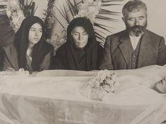 Επιτάφιος -βουβός- θρήνος στην Πάτρα μιας άλλης εποχής που η κηδεία ήταν κοινωνικό γεγονός Projects To Try